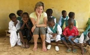Female volunteer with kids in Senegal