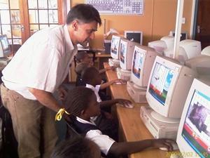 Older IT volunteer in South Africa