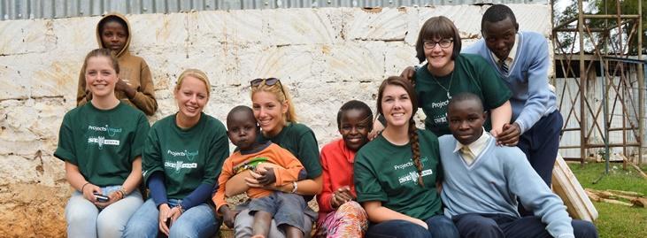 Voluntarios de varios rincones del mundo en su viaje de voluntariado en el extranjero junto a Projects Abroad