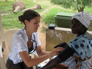 Voluntaria de Medicina en Ghana