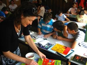 Volunteer as an Art Therapist in Romania