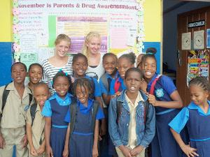 Volunteer Abroad Teaching IT in Jamaica with Projects Abroad